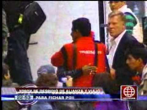América Noticias-20.06.13-Claudio Pizarro viajó a Europa para definir su futuro