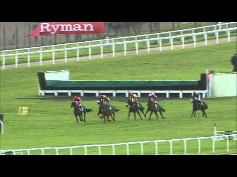 Vidéo de la course PMU INTERNATIONAL HURDLE RACE