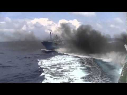 05/06 : Japanese Coast Guard vs Chinese Spy Ship disguised as a Fishing Vessel