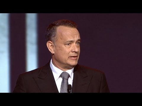 Tom Hanks Compliments Julia Roberts on Her