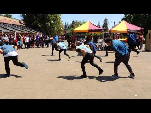 K-Pop Dance Club  (Spring Quarter 2013 -- Club Day Performance)