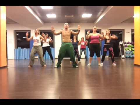 Coreografia ufficiale 2012 tacata' Manolo Manolito