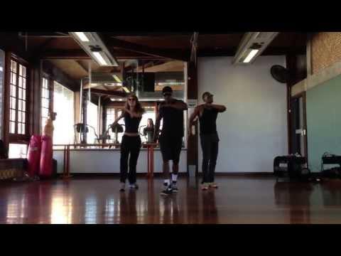 Empurra Empurra - Léo Santana e Parangolé - by Ninja Dance Clube (Zig,Zag e Ju Paiva)