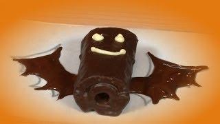 Preparando murciélagos de chocolate (pastelitos)