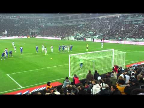 al rigore Vidal non guarda Rodriguez in Juve - Cesena