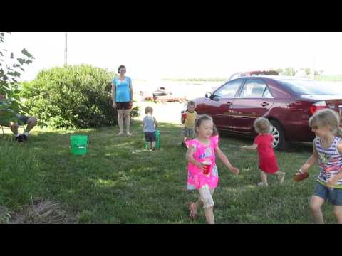 Fill the bucket party game