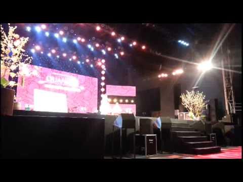 Video clip  Phương Mỹ Chi diễn hài trong liveshow Quang Lê
