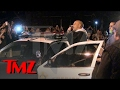 Vin Diesel faz discurso no local da morte de Paul Walker