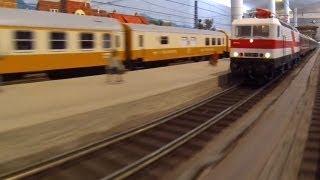 E-Lok Baureihe 212/243 Weiße Lady Spur 0 im Verkehrsmuseum Dresden