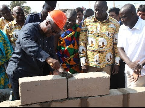 Ghana, 2013: President Mahama's major economic projects