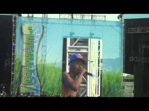 New Boyz : Tie Me Down - SUPAFEST Brisbane 2011