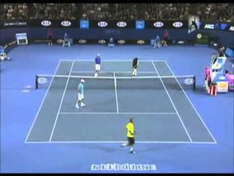 The comdy tinnes match ( andy roddick - roger federer - rafael nadal - novak djokovic ) part 1