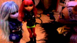 Mi Pelicula Monster High 13 Monstruos Deseos