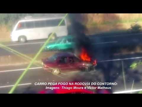 Carro pega fogo na rodovia do Contorno, em Marília