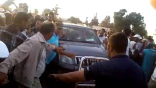 سكان دائرة مولاي يعقوب يطردون رئيس الحكومة عبد الإله بنكيران | روبورتاج