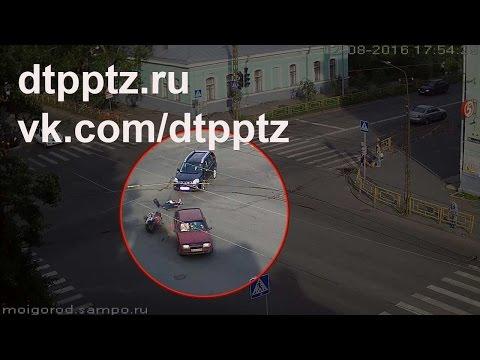 В ДТП с мотоциклистом на улице Правды