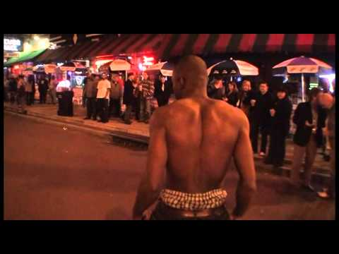 AMAZING!!!- 8 No Handed Back Flips on Beale St.
