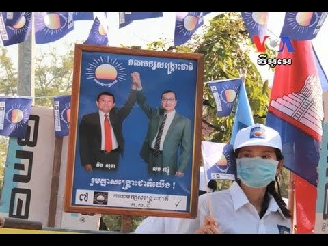 Experts See Scenarios for Sam Rainsy To Contest Election
