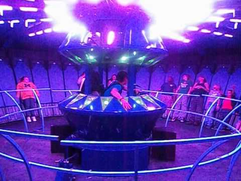 alien abduction ride - photo #1