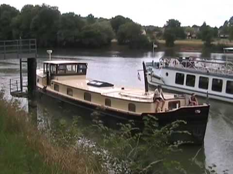 Cruising Secret France: Aboard the Luxemotor Dutch Barge