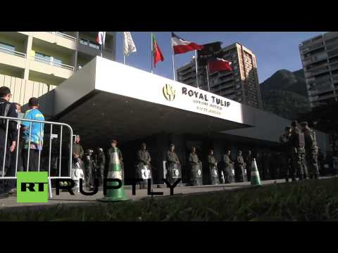 Brazil: Army escorts English team to hotel, disappoints fans