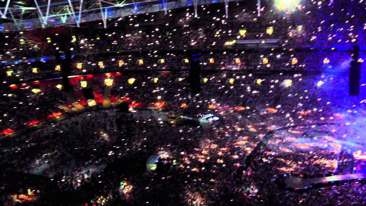 Angels - Robbie Williams - Wembley Stadium - End of ...