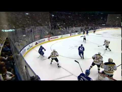Bozak 2-1 Goal - Bruins vs. Maple Leafs (Apr 3, 2014)