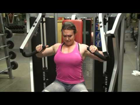 Colette Nelson - Trains Chest at Synergy Fitness on 31st and Lexington in NYC