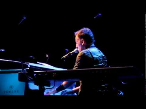"""Independence Day"" - Bruce Springsteen (live in Paris, 4th July 2012)"