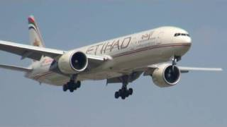 Etihad EY141 And 4 Other Planes Landing In Toronto (YYZ