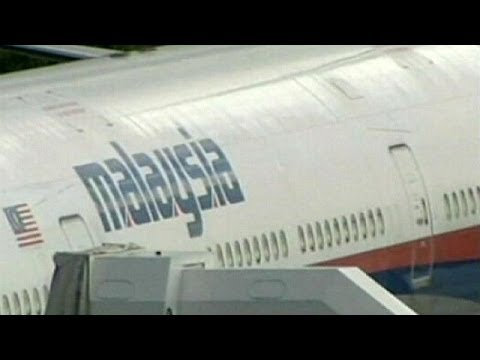 Malaysia Airlines flight missing with 239 on board