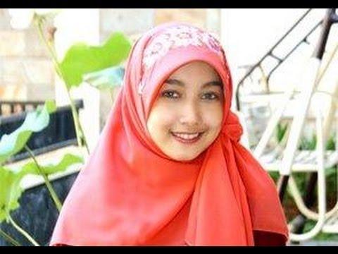 Cara Memakai Jilbab Segi Empat Modern yang Simple 2014 cara memakai jilbab segi empat modern VIDEO