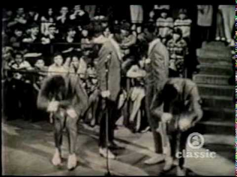 The Temptations - The Way You Do the Things You Do (B&W Motown Time Capsule 60's).mpg