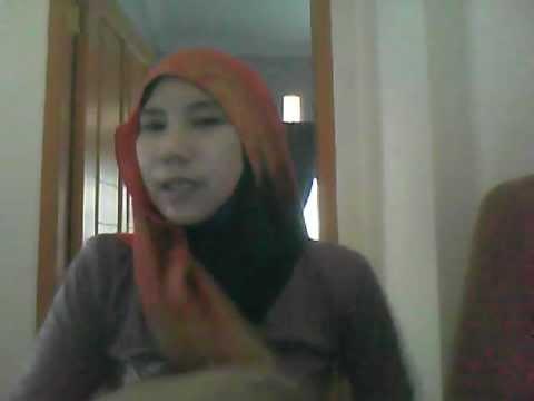 cara memakai  pashmina ala Hana Tajima