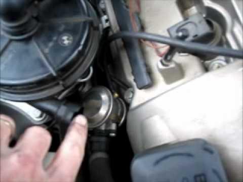 How To Test A Bmw 325i Smog Pump Air Pump Youtube
