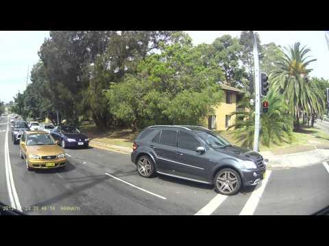 Tilt Tray Tow Truck Crash - Miranda Sydney Australia (26/03/2013 - 13:40:57)
