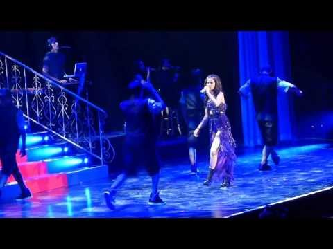 Selena Gomez = Stars Dance = Winnipeg MTS Center - Stars Dance Tour Live 2013,