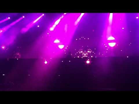 CALVIN HARRIS - SWEET NOTHING AT STEREOSONIC SYDNEY 2012
