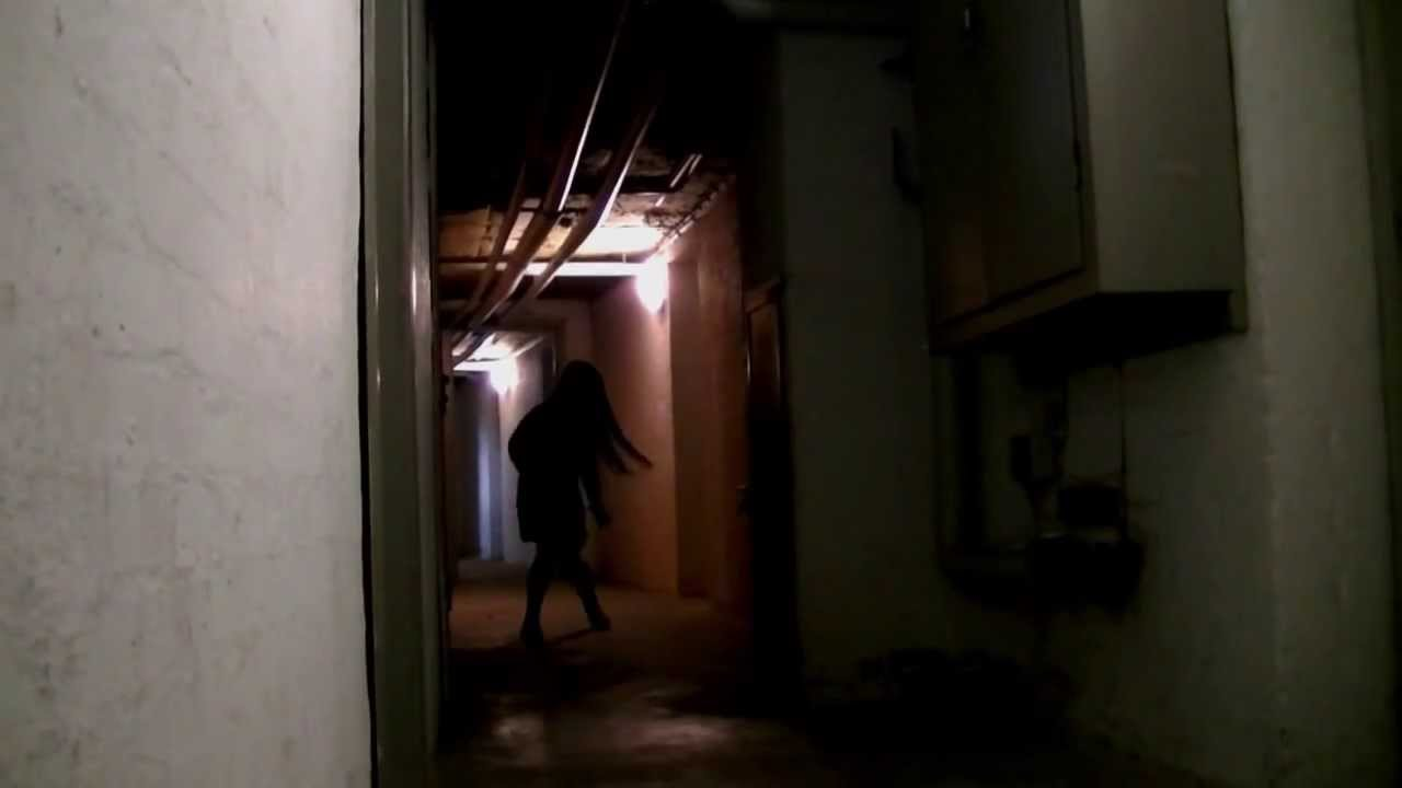 girl in basement pigen i k lderen horror movie youtube