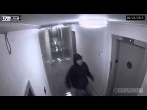 Video Hantu Nyata Tertangkap Kamera CCTV 2014