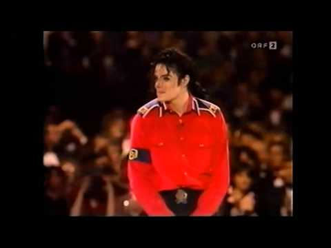 [HQ]Michael Jackson - Gone Too Soon - Heal The World [President Clinton Gala -1992]