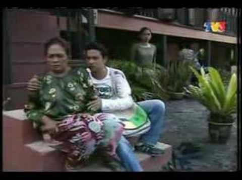 Zizan Nin pegang tetek Fauziah Nawi - YouTube