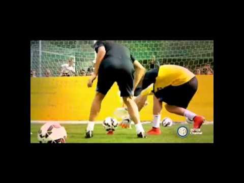 Khi thủ môn tập luyện