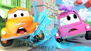 Suzy el vehículo ROSA está en problemas ! - Tom la Grúa en Auto City 🚗 l Dibujo Animado Edicativo