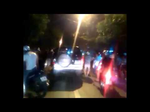 Xe điên đâm người rồi bỏ chạy ở Đội Cấn, Hà Nội đêm 10/9/2014