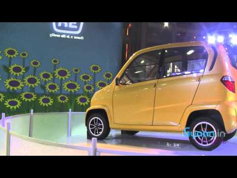 Bajaj RE60 showcased at Auto Expo 2012