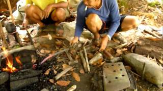Ray Mears Style Parang's Real Users In Borneo