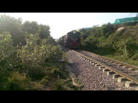 Pakistan Railways: Subak Raftar Express