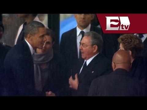 Histórico apretón de manos entre Barack Obama y Raúl Castro / Despiden a Nelson Mandela