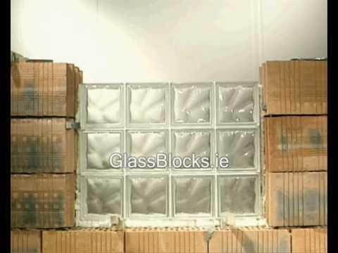 Budowa okna z bloczków szklanych
